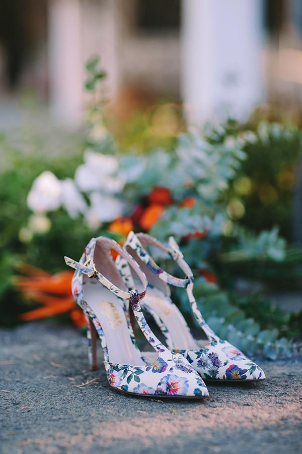 πρωτότυπα floral νυφικά παπούτσια