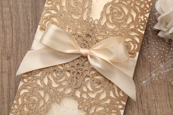lasercut-wedding-invitations-glitter-3