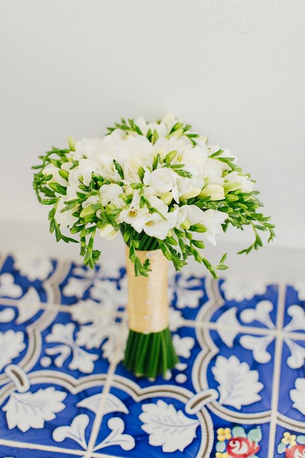 white-bridal-bouquet-2