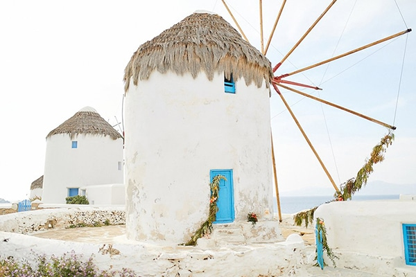 romantic-colorful-wedding-inspiration-mykonos-11