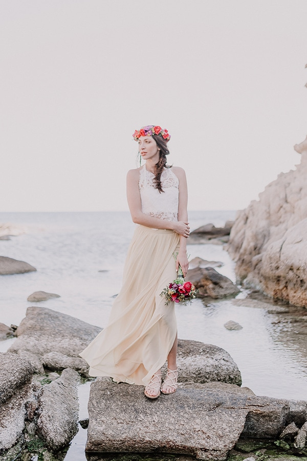 colorful-engagement-shoot-in-mykonos-14-2