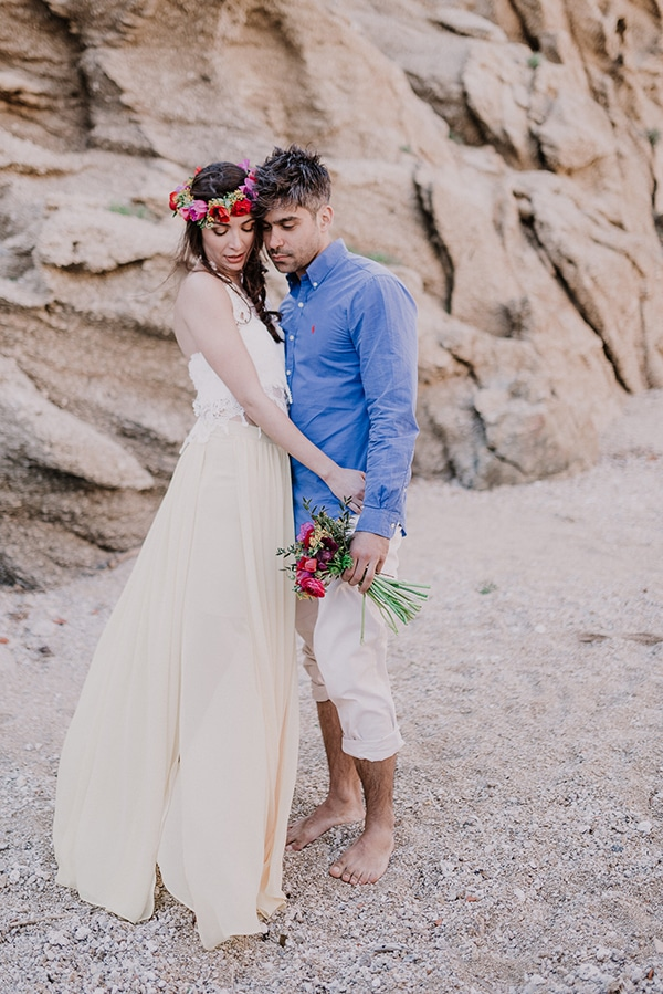 colorful-engagement-shoot-in-mykonos-4-2