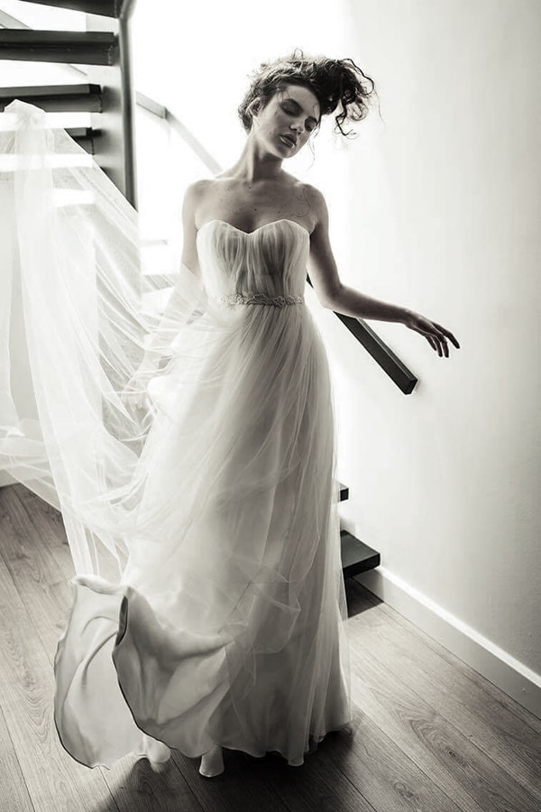 modern-wedding-dresses-alexia-kirmitsi-1