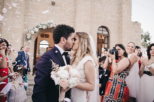 romantic-wedding-peonies-larnaca-27