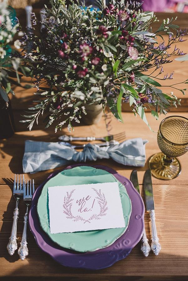 Διακοσμηση γαμου με μωβ χρωματα