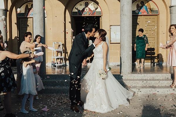 elegant-spring-wedding-cyprus-23