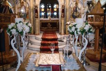 Elegant διακοσμηση εκκλησιας
