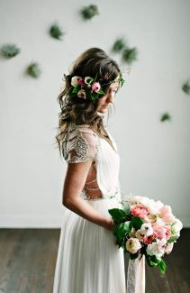Στεφανι για τα μαλλια της νυφης