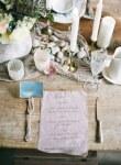 Ρομαντικη διακοσμηση με βοτσαλα