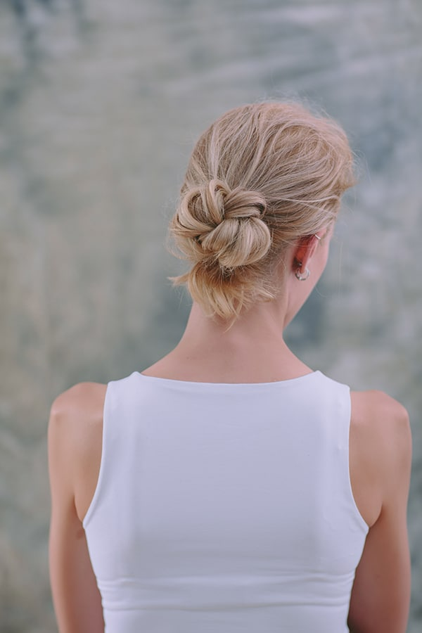 low-bun-step-by-step-1