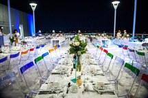 Πρωτοτυπες καρεκλες για τη δεξιωση γαμου