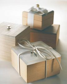 Μπομπονιερα ξυλινα κουτακια