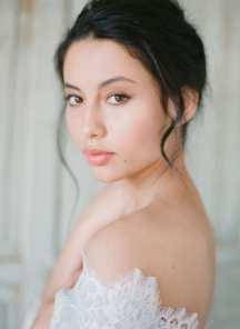 Φυσικο μακιγιαζ για μελαχρινη νυφη
