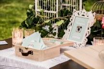 Ρομαντικος καλοκαιρινος στολισμος γαμου