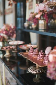 Rose gold wedding decoration