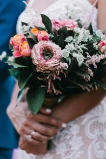 Νυφικη ανθοδεσμη για ρουστικ γάμο