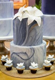 Marble τουρτα γαμου σε μπλε χρωμα