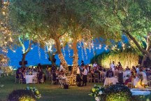 Στολισμος γαμου με fairy lights