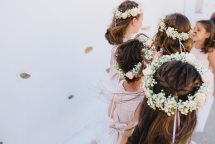 Παρανυφακια γαμου με στεφανακια