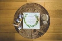 Προσκλητηριο γαμου με εντονα στοιχεια ελληνικοτητας