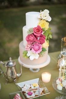Colorful τουρτα γαμου