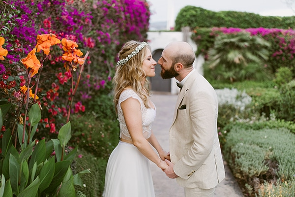 dreamy-wedding-with-bougainvillea-3