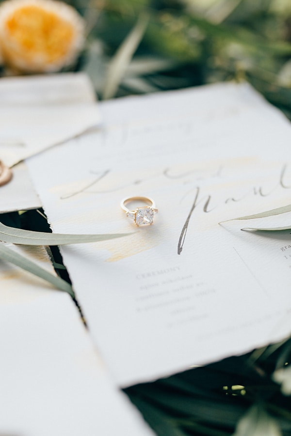 gorgeous-styled-shoot-with-gold-details-9