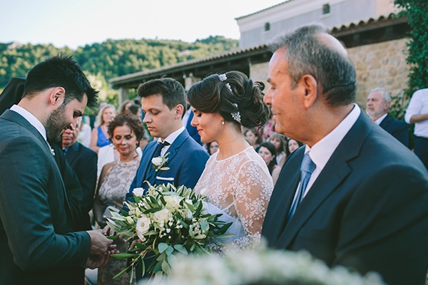 organic-wedding-with-rustic-details-21