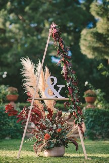 Πρωτοτυπη διακοσμηση για χειμωνιατικο γαμο