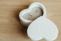 Ομορφη θηκη καρδια για τις βερες