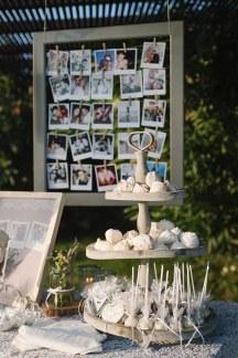 Ρομαντικη διακοσμηση στο χωρο της δεξιωσης