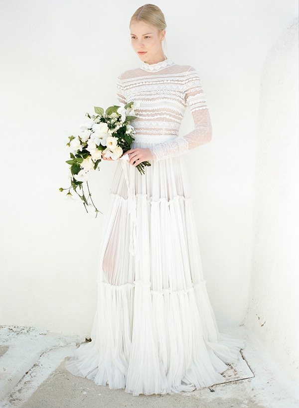 Boho νυφικα φορεματα με δαντελα - Love4Weddings fb583503891