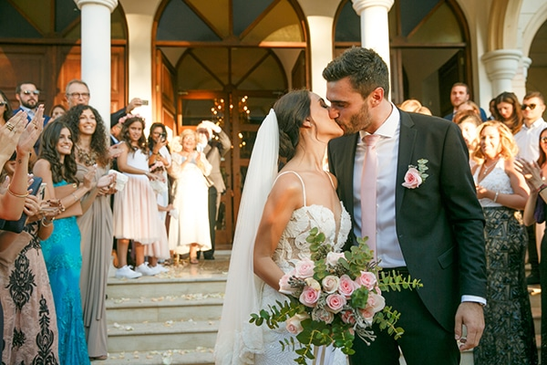 Ομορφος φθινοπωρινος γαμος στην Κυπρο  c4bfd238c07