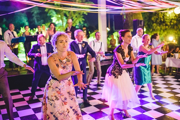 unique-wedding-60s-style-_18.