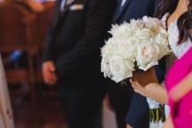 Νυφικο μπουκετο με ρομαντικα χρωματα