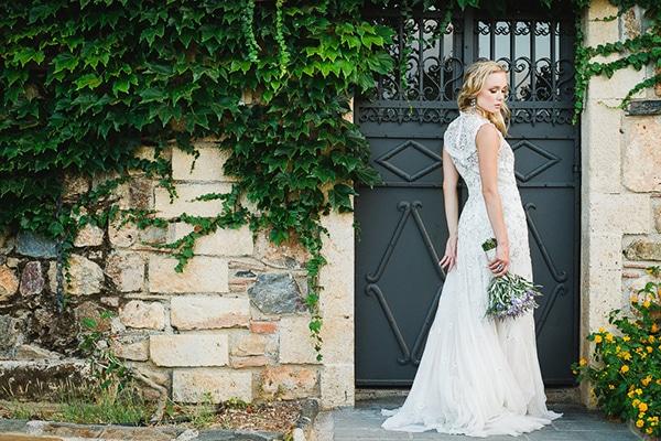 beautiful-white-purple-hues-wedding_30