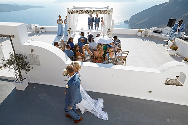 luxurious-wedding-overlooking-sea-17