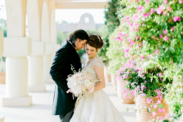2b4f92998a1 Παραμυθενιος γαμος στην Παφο | Κριστια & Νικοδημος
