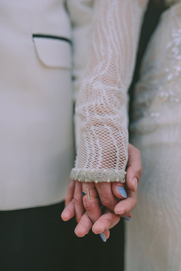 gorgeous-chic-styled-shoot-royal-blue-hues_14