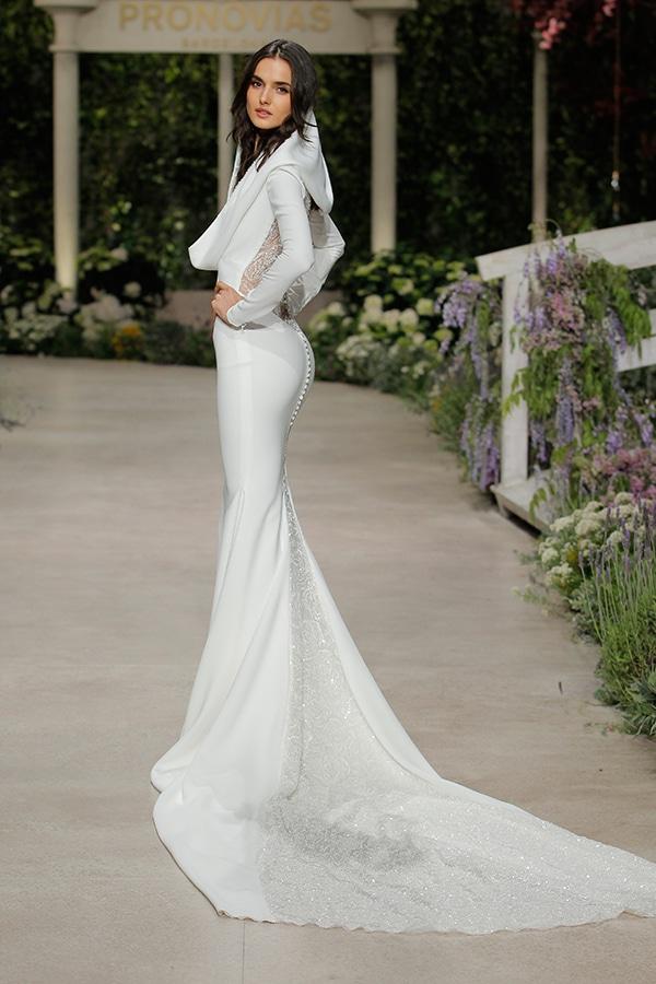 gorgeous-fashion-show-that-mesmerize-us-pronovias-barcelona_03
