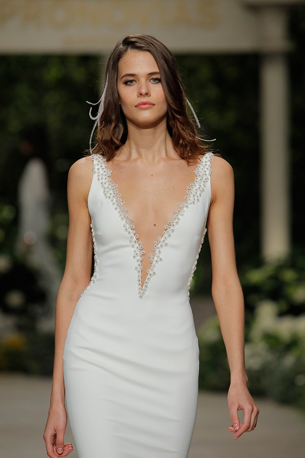 gorgeous-fashion-show-that-mesmerize-us-pronovias-barcelona_05