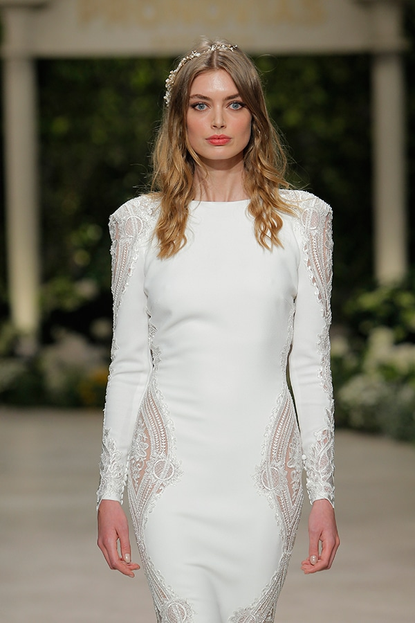 gorgeous-fashion-show-that-mesmerize-us-pronovias-barcelona_11