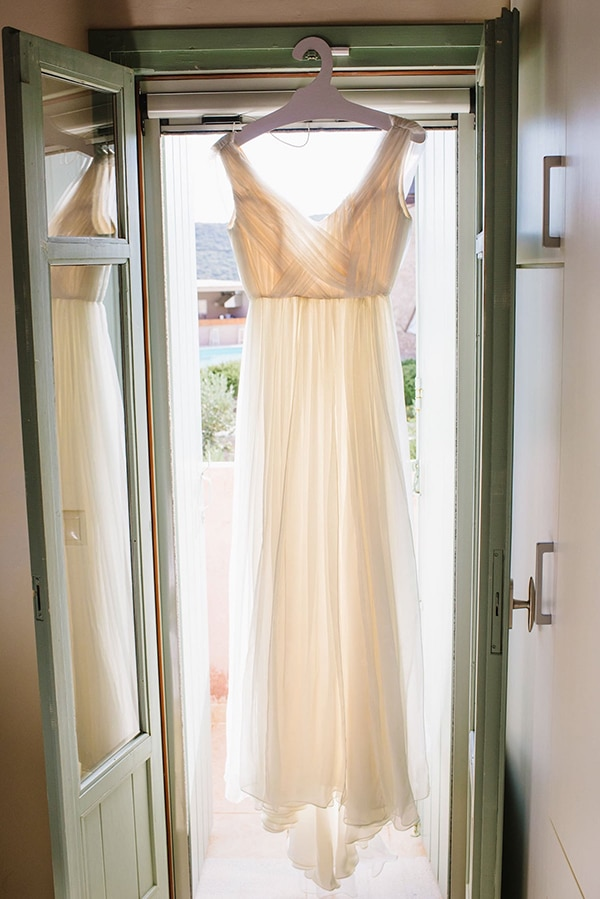 summer-wedding-yellow-white-hues_05