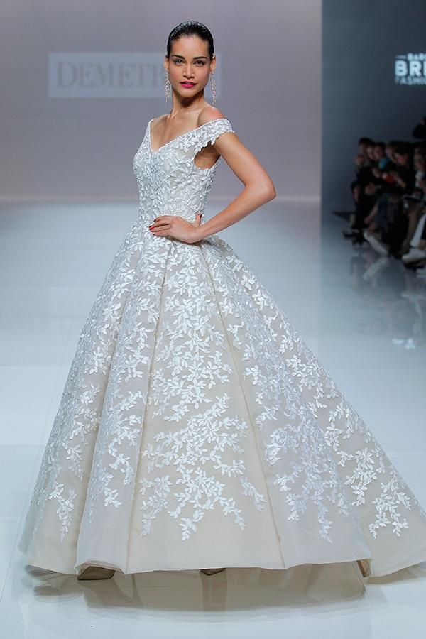 unique-dresses-timeless-elegance-demetrios-bridal-collection-2019_03