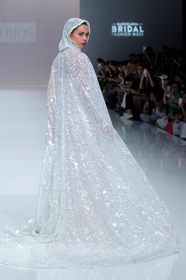 unique-dresses-timeless-elegance-demetrios-bridal-collection-2019_12