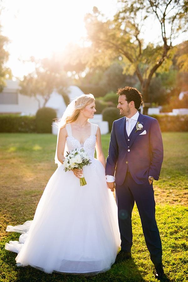 beautiful-elegant-destination-wedding-athens_03x