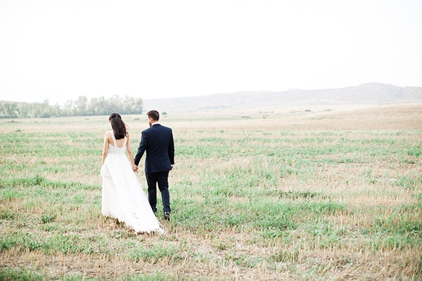 beautiful-wedding-greenery-white-flowers_05