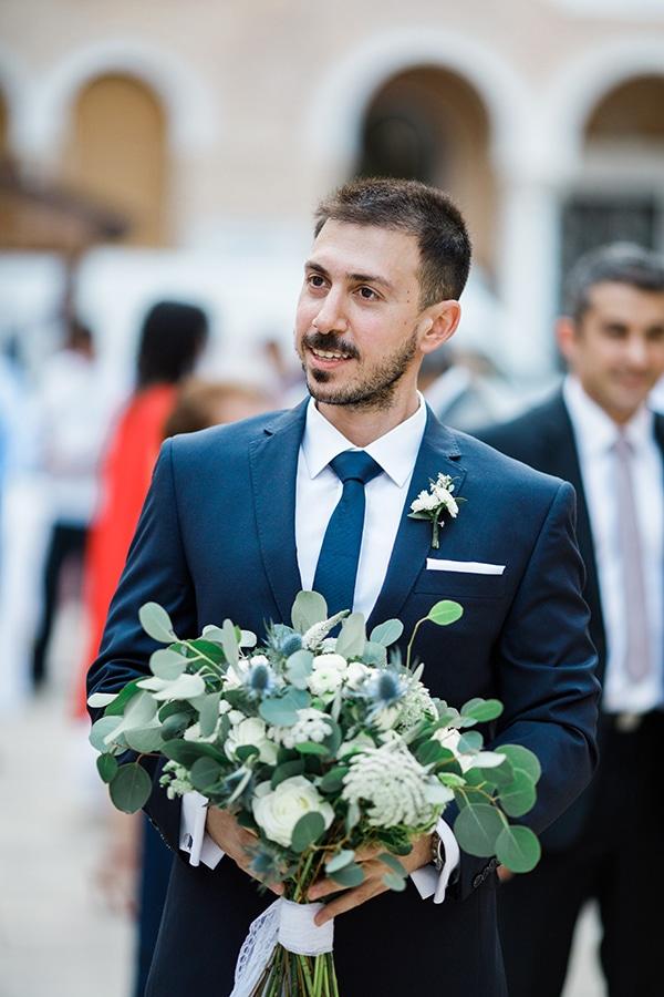 beautiful-wedding-greenery-white-flowers_16