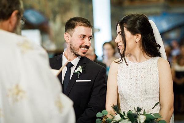 beautiful-wedding-greenery-white-flowers_19
