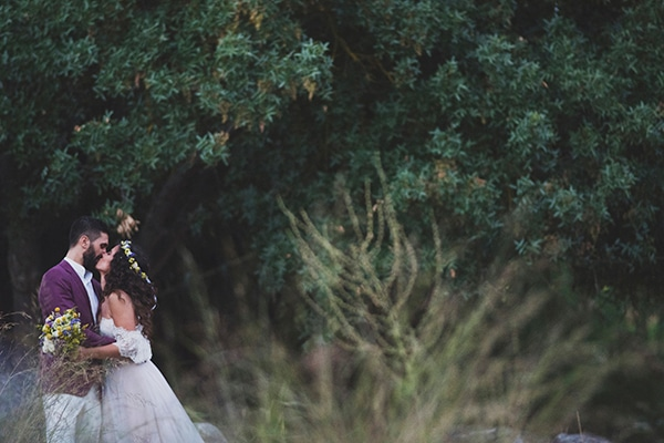 bohemian-wedding-with-pretty-yellow-purple-colors_ST_29JulyAlbumSelection_Con_343